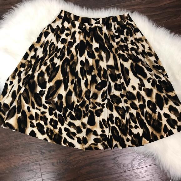 Vintage Dresses & Skirts - Vintage Leopard Print Midi Skirt Drop Waist Flare